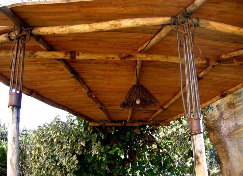 Pergola yannick lemesle for Luminaire exterieur bois