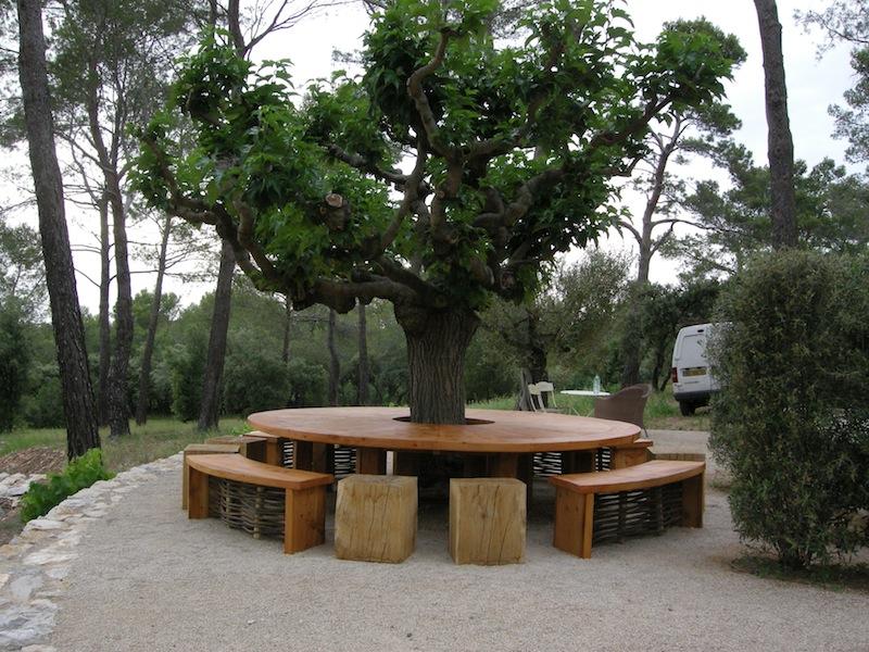 Sculpture tabulaire yannick lemesle for Bordure autour d un arbre