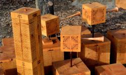 Oeuvre d'Arbres-Bourgades d'insectes à Salagon (détail)